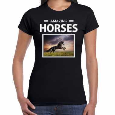Zwarte paarden t shirt dieren foto amazing horses zwart dames beeldje kopen